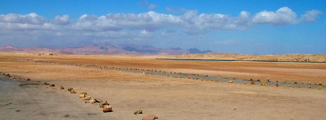 Amedeo Valoroso, desert, Egypt, Ras Mohamed, road, street