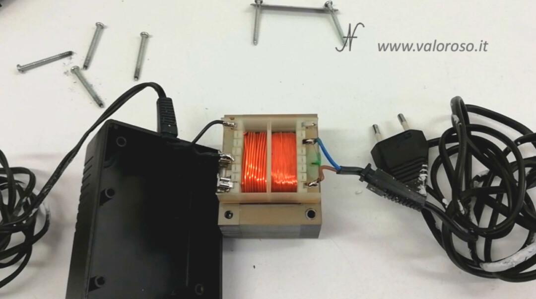 Atari 1050 floppy disk drive, alimentatore trasformatore interno