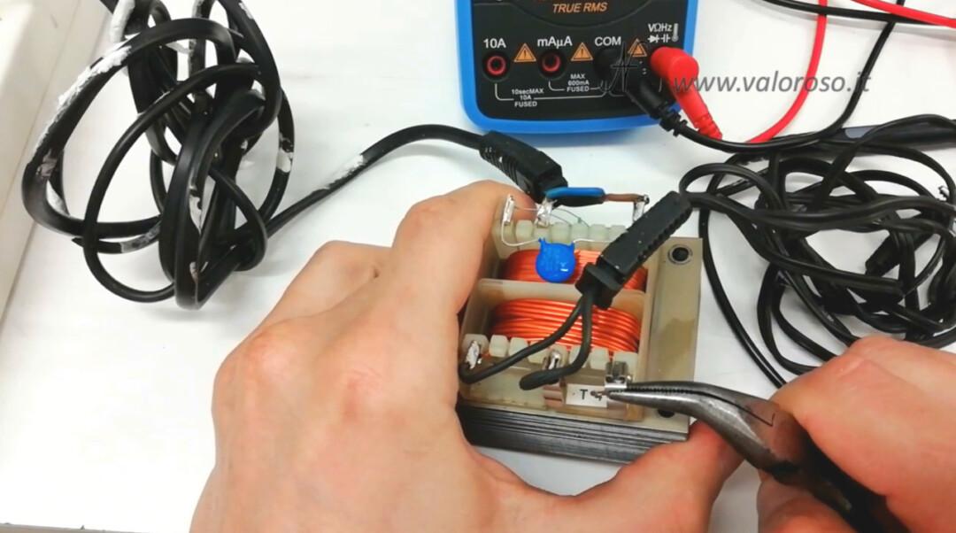 Atari 1050 floppy disk drive, alimentatore trasformatore, rimuovere porta fusibile cambiare sostituire 4A