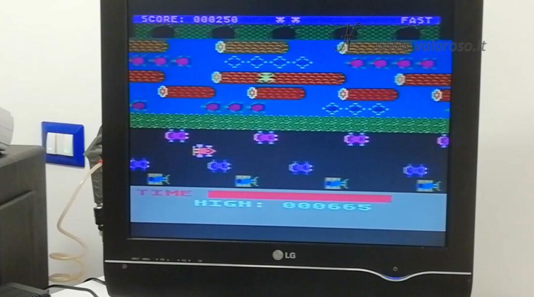 Atari 800XL Atari 1050 gioco Frogger boot avvio caricare dischetto rana attraversa strada fiume