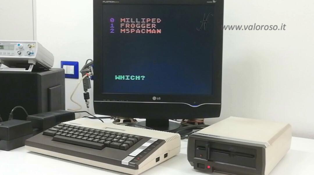 Atari 800XL Atari 1050 menu selezione gioco boot Milliped Frogger MsPacman