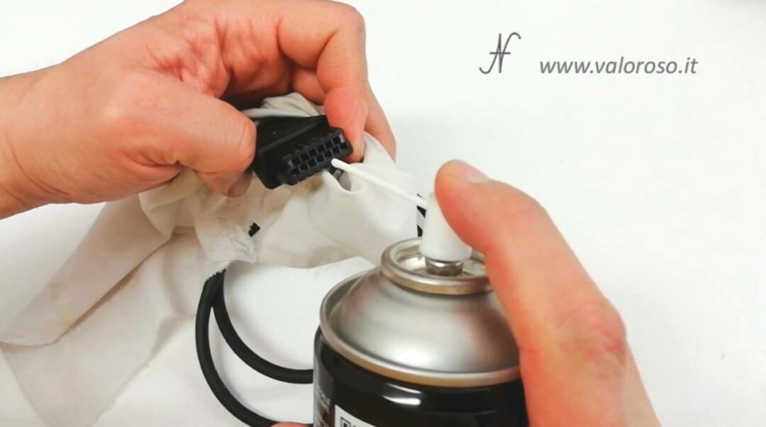 Atari cavo SIO pulire con disossidante disossidare