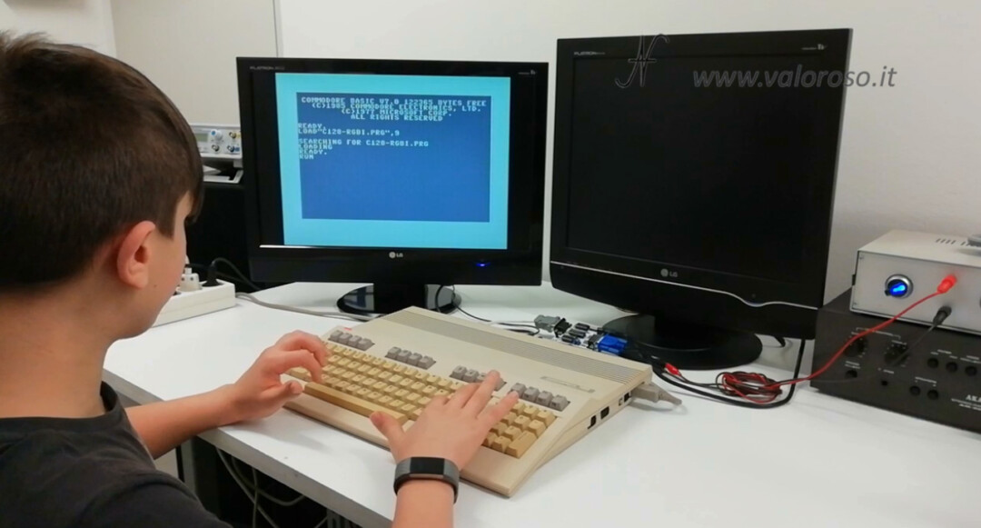 Connect two monitors to the Commodore 128, Graphic Color Vice emulator Basic test program, dual monitor, dual display