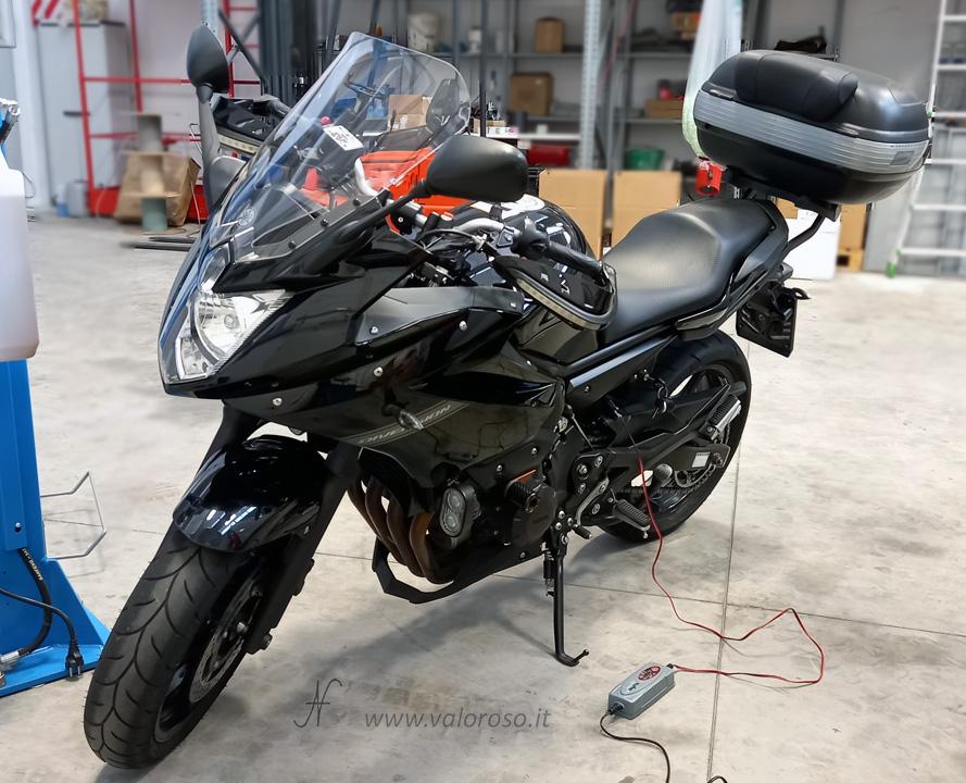 Come caricare la batteria della moto, caricabatterie piombo mantenitore