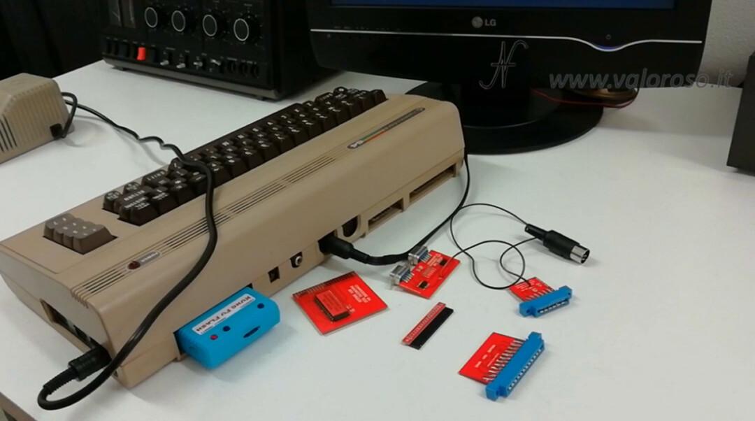 Come riaccendere il Commodore dopo tanti anni, test diagnostico 586220 C64, Kung Fu Flash CRT KFF