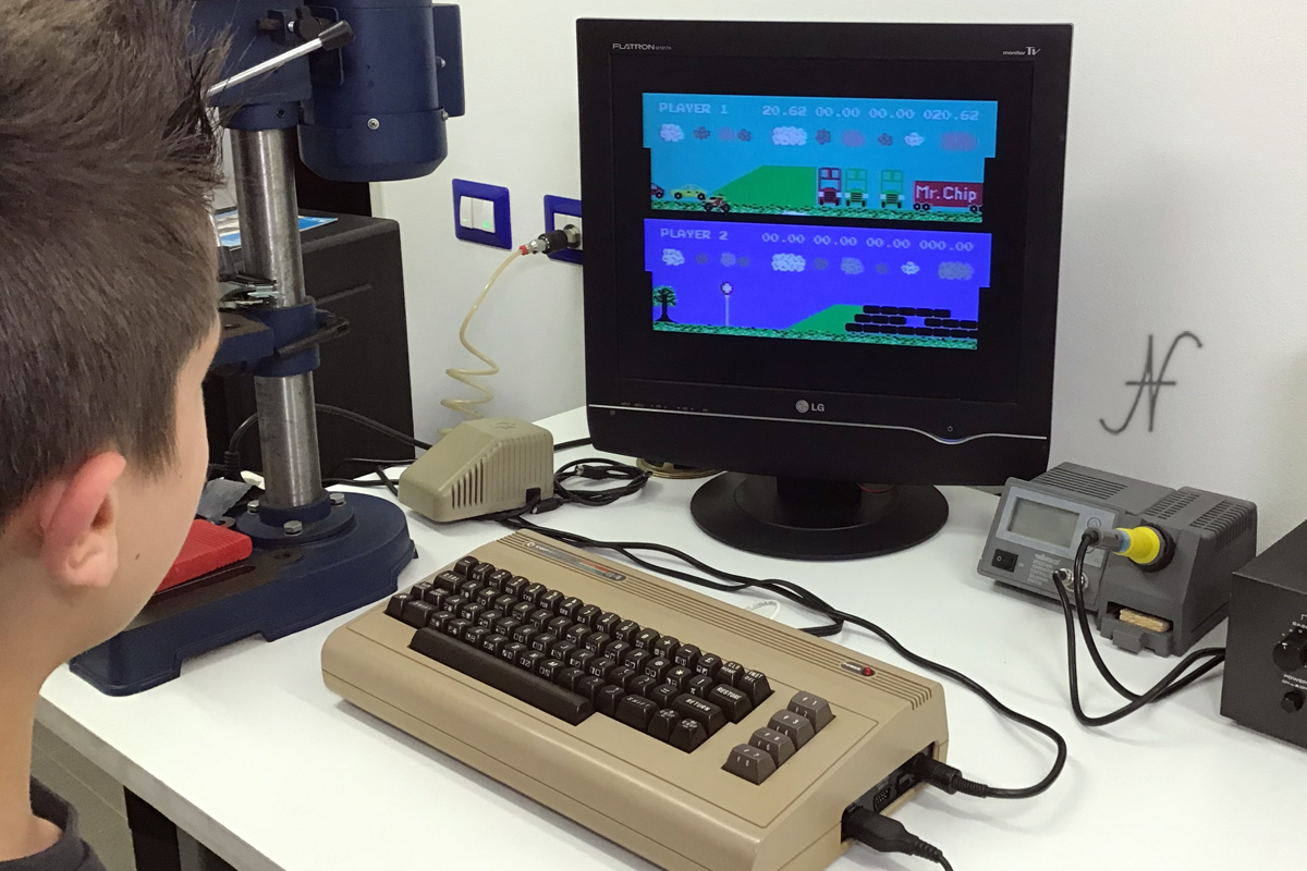 Commodore 64, Leo gioca a Kickstart