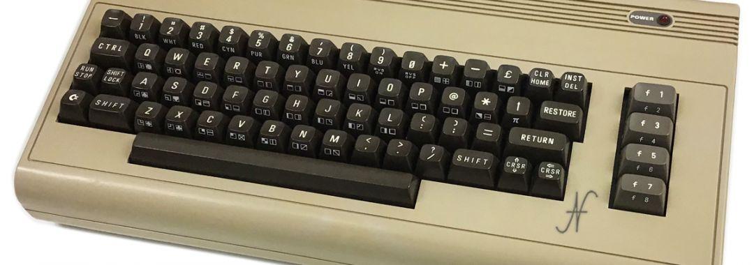 Commodore 64, biscottone breadbin case restauro riparazione memoria, RAM, SID, CBM, C64, aggiustare