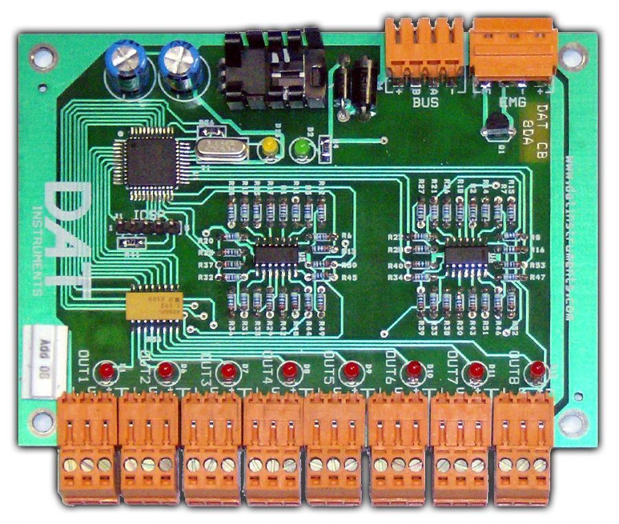 DAT CB 8DA, DAT instruments, 8 analog outputs, DAT CB programmable controllers, by Amedeo Valoroso