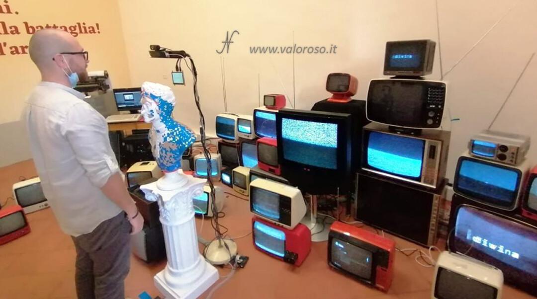 Divina!, installazione artistica, Università di Pisa, Retro Printer Commodore 64 telescrivente VB6 Dante Alighieri Divina Commedia, sensore riconoscimento facciale