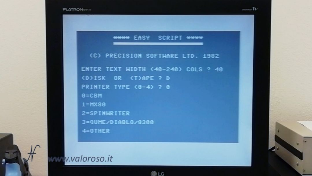Easy Script Commodore 64, programma video scrittura, scrivere una lettera anni 80, EasyScript, 1982, Precision Software Ltd UK, Simon Tranmer