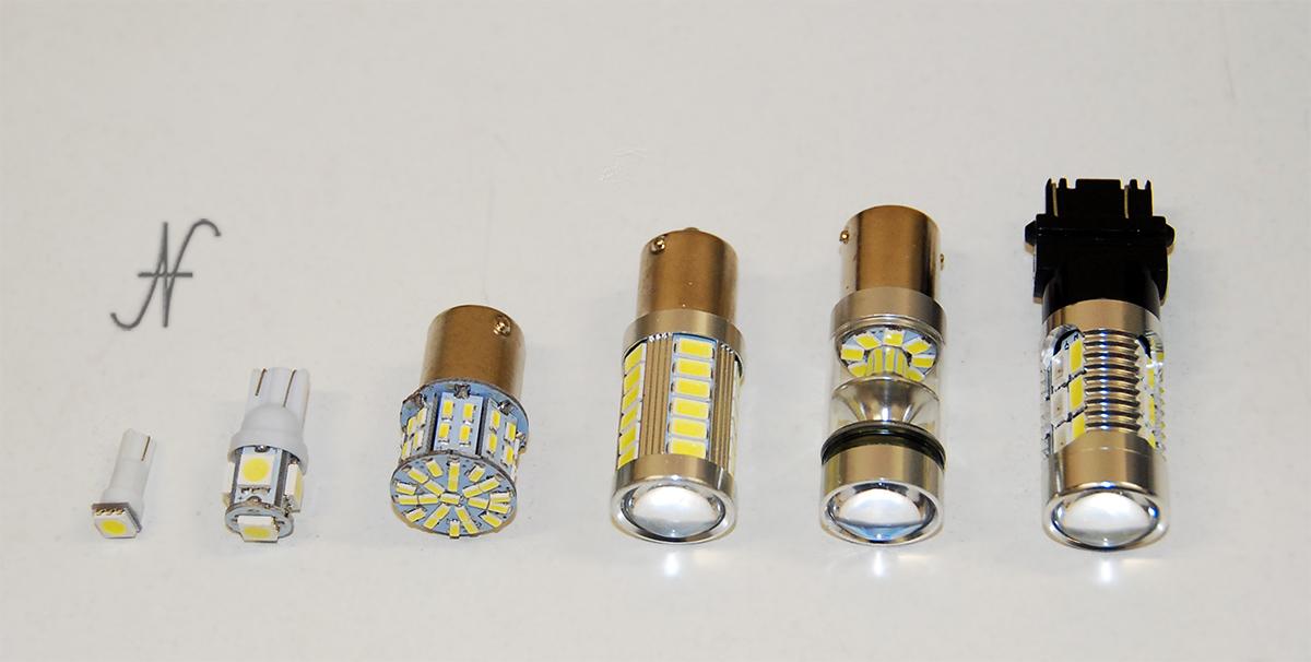 Lampadine a LED lampade T20 T15 T10 W5W T5 W3W BA15S BAU15S, luci posizione, frecce, indicatori direzione, retromarcia