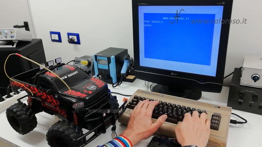 Macchina radiocomandata dal Commodore 64, POKE 56579 comando da Basic, avanti, indietro, sinistra, destra