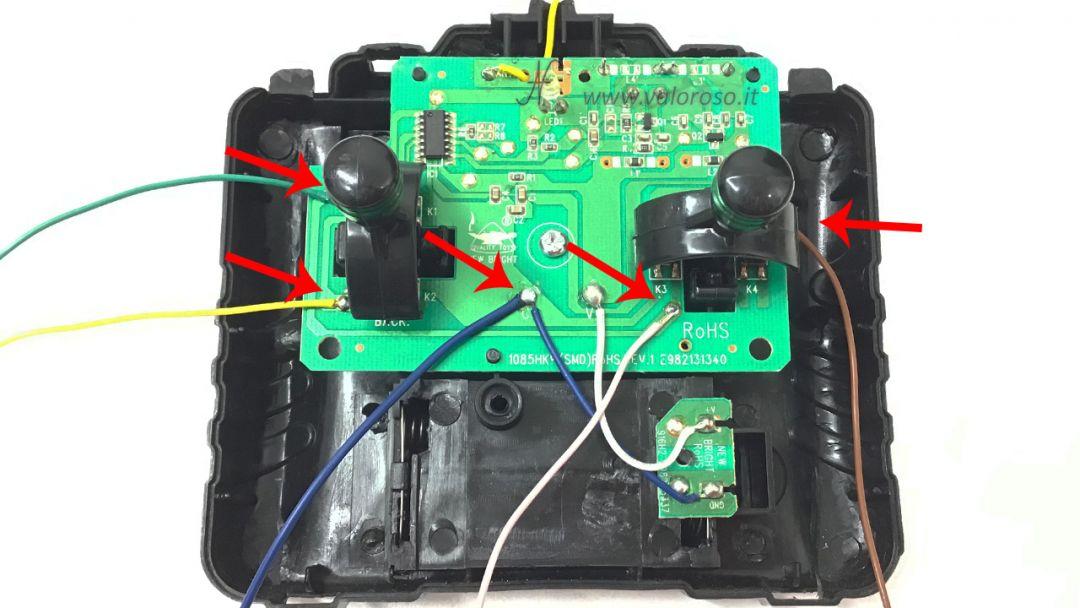 Macchina radiocomandata dal Commodore 64, collegamento cavi elettrici, avanti, indietro, sinistra, destra, gnd, massa