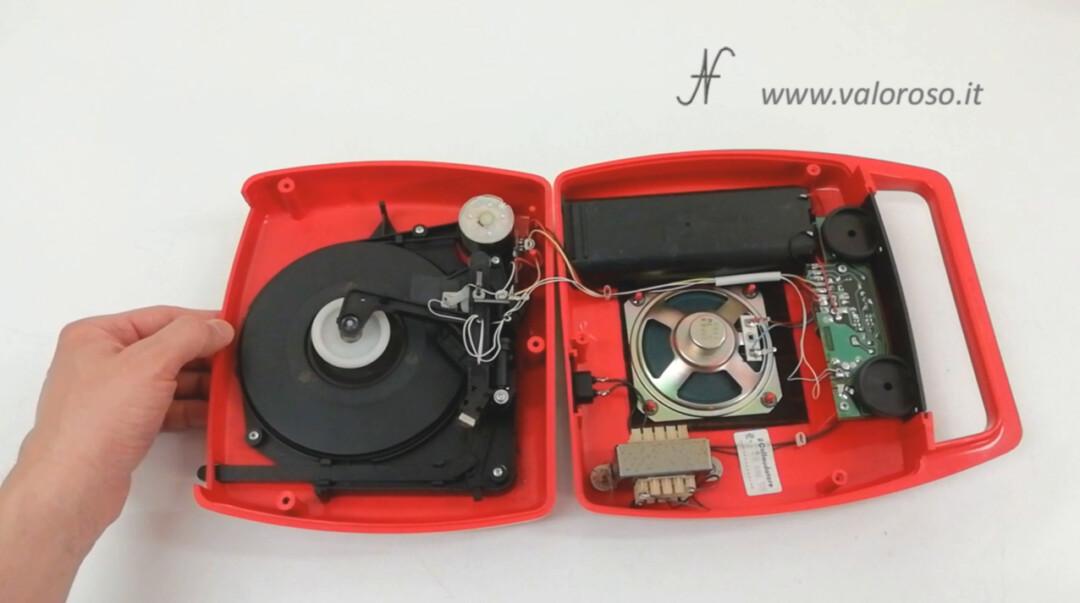 Mangiadischi Penny MusicalNastro MusicalSound pulire smontare aprire interno svitare viti com e fatto meccanica trasformatore altoparlante amplificatore motore puntina testina
