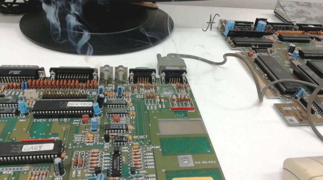 Wrong Wrong Mouse Logitech for Amiga 500 Burns Smoke Resistance