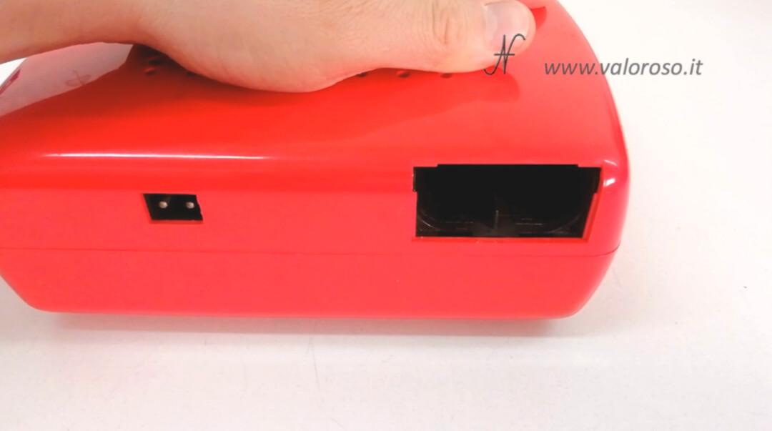 MusicalNastro MusicalSound Mangiadischi Penny rosso connettore alimentazione vano batterie mezza torcia sportello