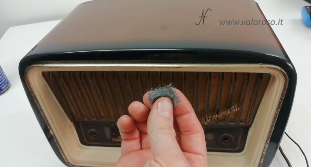Radio a valvole paglietta metallica per togliere la ruggine dai profili metallici cromati WD40 pulizia pulire disossidare