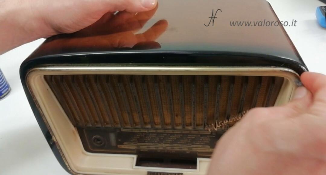 Radio valvolare epoca vintage paglietta metallica per togliere la ruggine dai profili metallici cromati mobile, WD40 pulizia pulire disossidare
