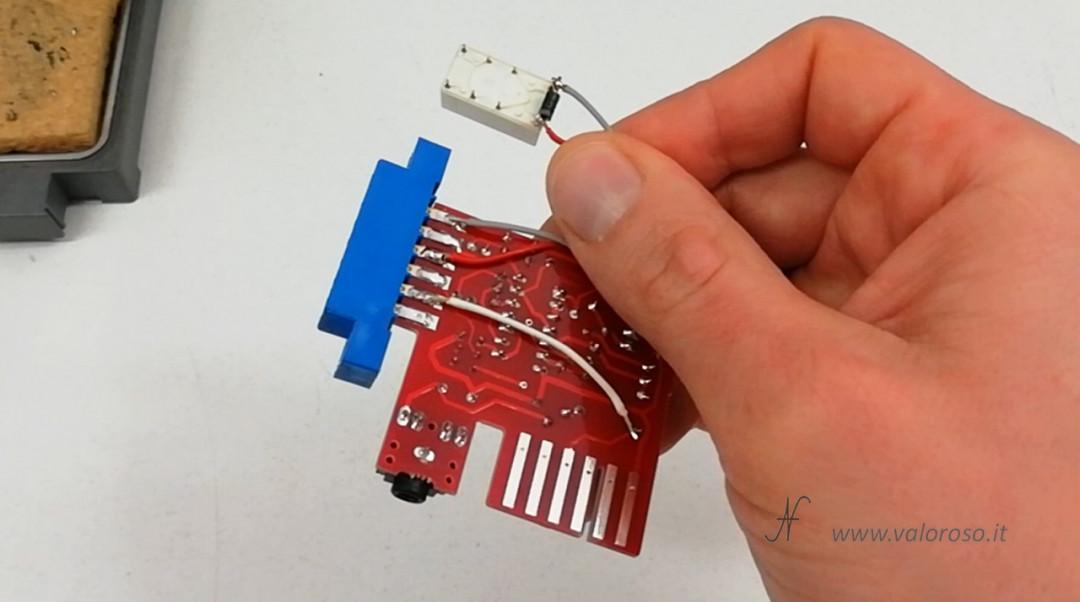 Registratore a bobine collegato al Commodore 64 MP32C64 C64 remote abilitazione play