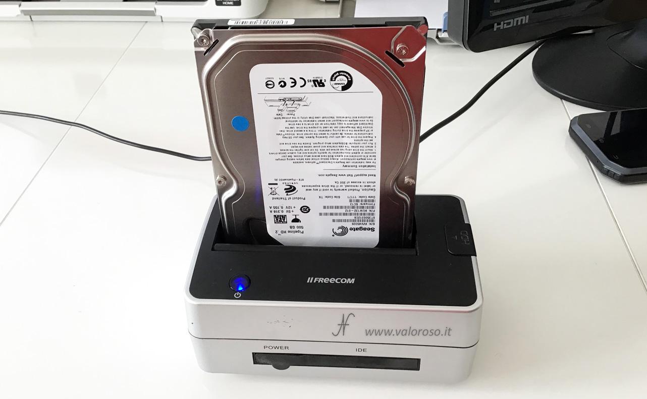 Spazi di Archiviazione Windows 10, mirroring, hard disk di base leggibili anche da altri computer, docking station SATA USB
