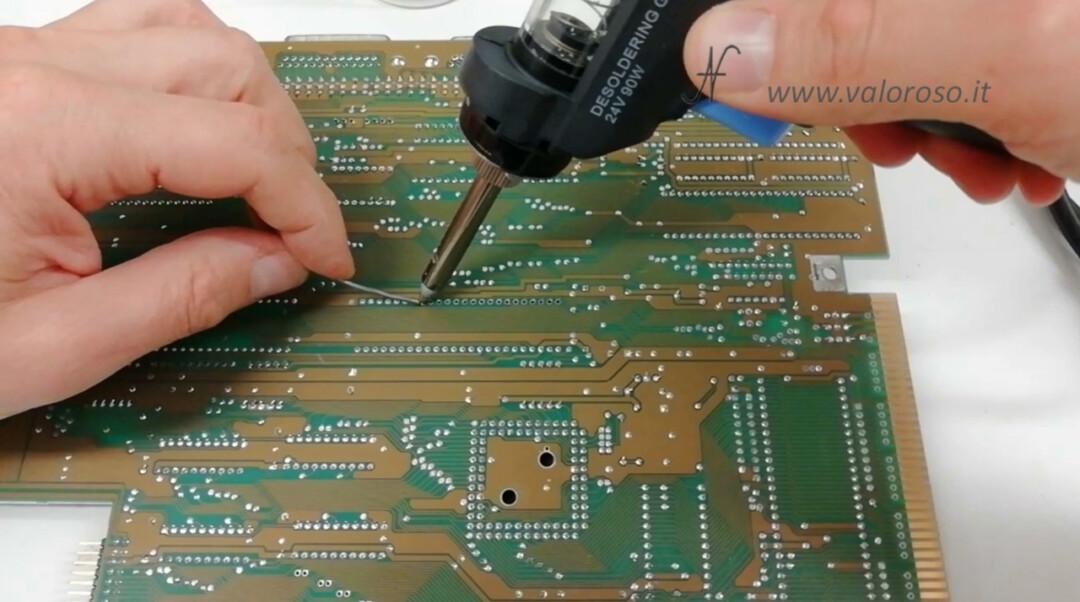 Tutorial dissaldatura ZD 8915 stazione dissaldante dissaldatore pistola dissaldare chip zoccolo PCB pin piedino difficile stagno