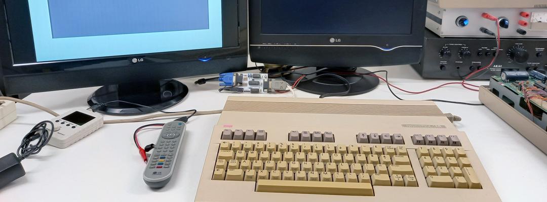 ValorosoIT Commodore 128 retro computer vintage dual monitor RGBi
