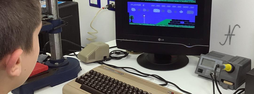 ValorosoIT Commodore 64 C64 play game KikStart KickStart