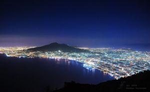 (2008) Vesuvio by night