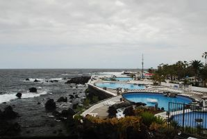 (2009) Pools in Tenerife